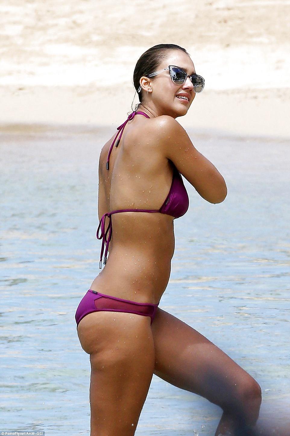Jessica-Alba-Sexy-1