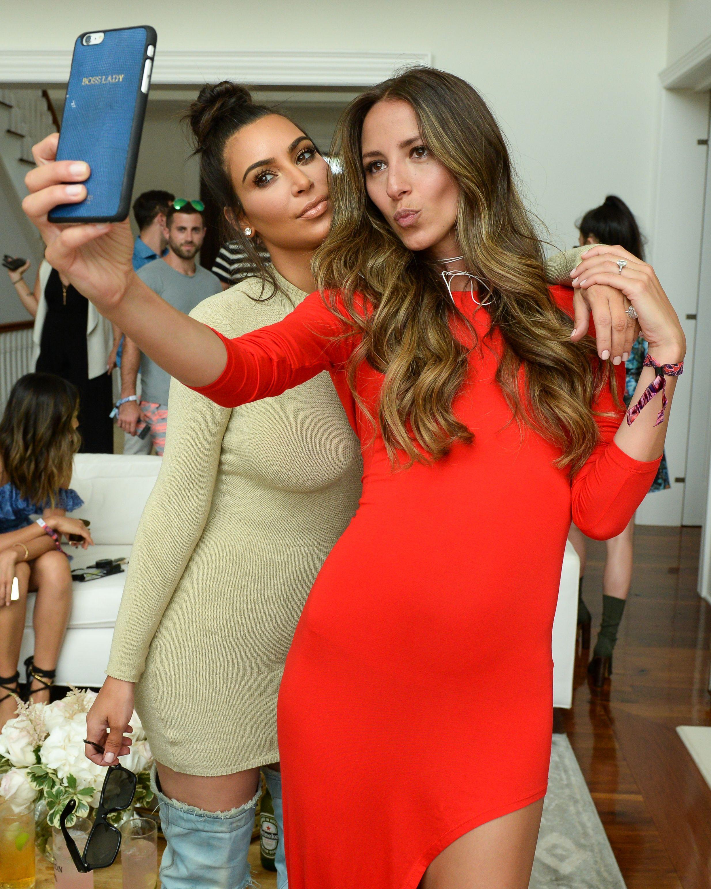 Kim-Kardashian-Sexy-1-2