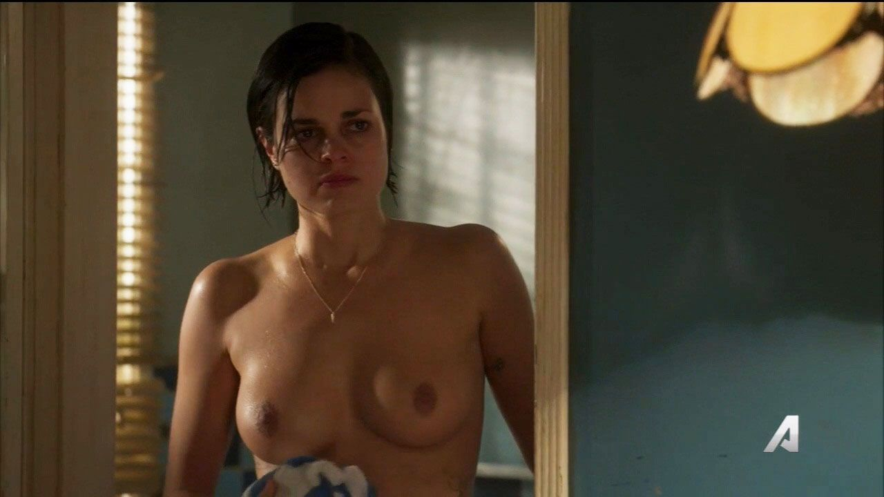hot nudes of an american producer and actress lina esco from kingdon